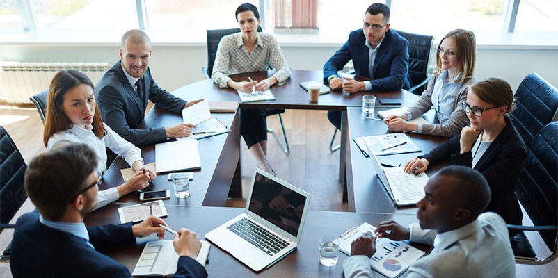 leader-group-meeting.jpg